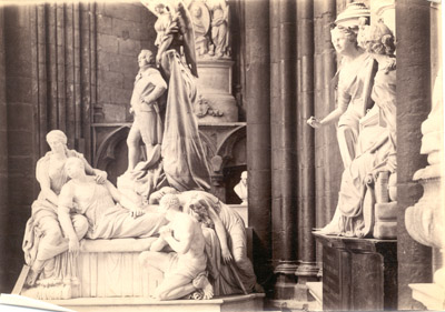 Photograph: Monument to Charles James Fox