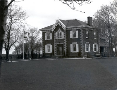 Photograph- Brown-Vooro House