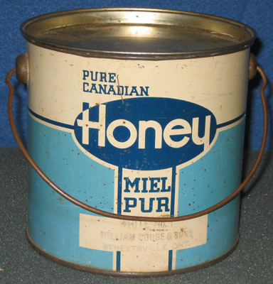 Honey pail with lid