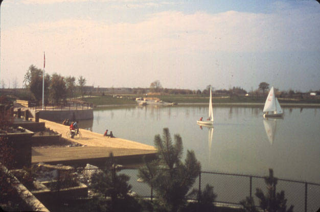 Lake Aquitaine, Marina and Sail Boats