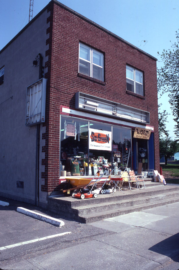 Peer's Hardware, Port Credit