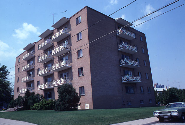 Apartment Building, Port Credit