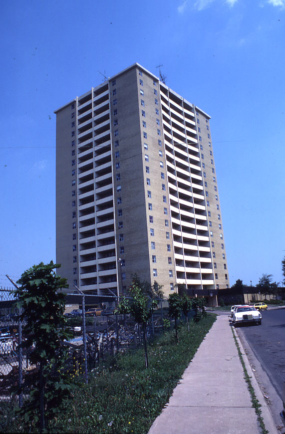 Rivergate Apartments, Port Credit