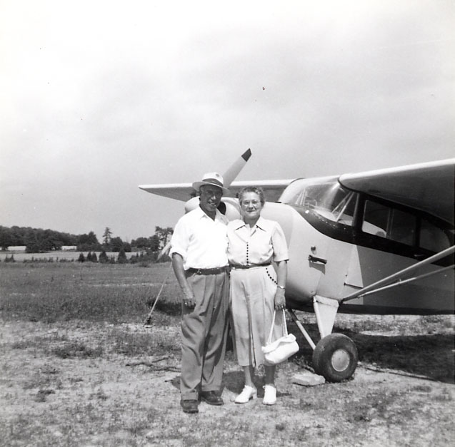 Aeronca Chief Aircraft, Bill and Gertrude Evans