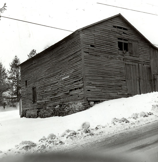 Atlantic Hotel, Barn, Dixie