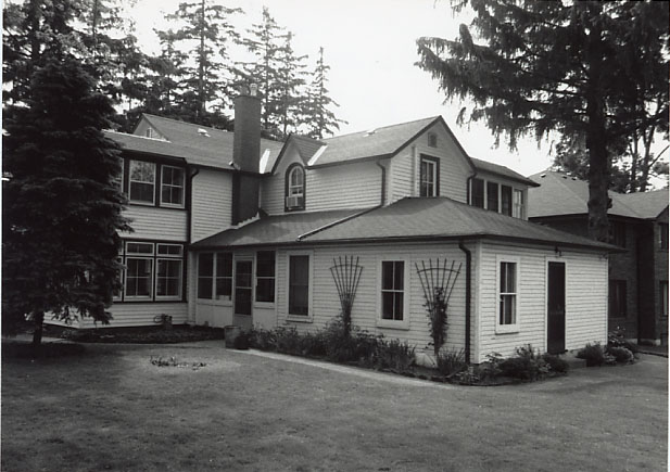 Heartwell Residence, South East View, Clarkson