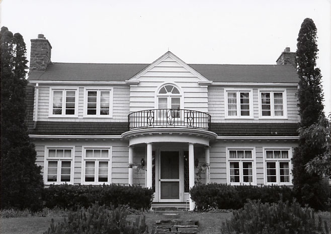 Mills Residence, Port Credit