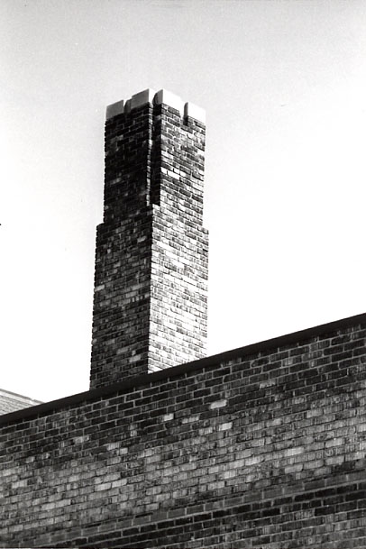 Dixie Public School, SS #1, Chimney