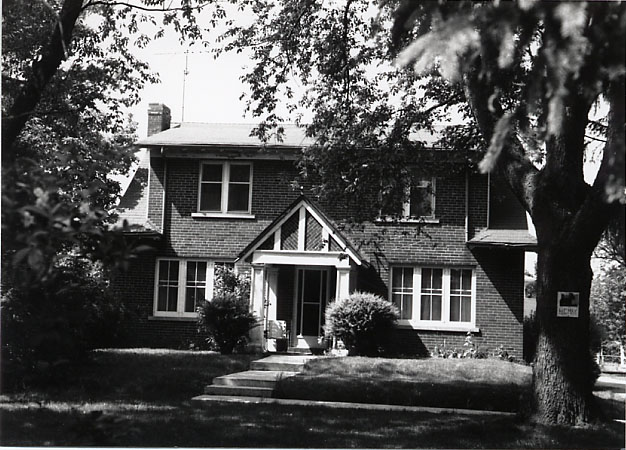 May Residence, Cooksville