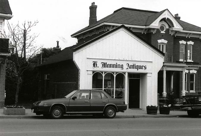 H. Manning Antiques, Streetsville