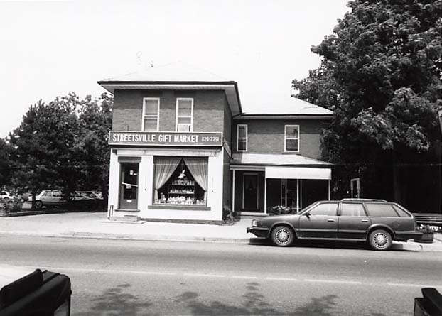 Darker's Barber Shop, Streetsville