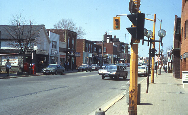Queen Street South, Streetsville