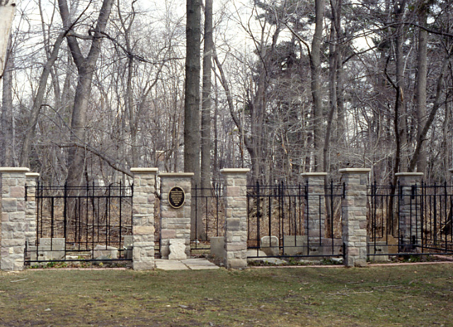 Adamson Estate, Pet Cemetery, Lakeview