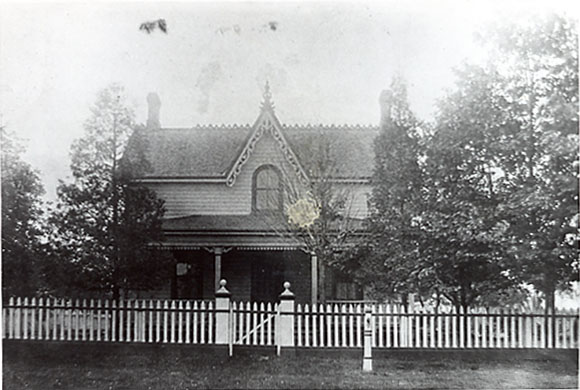 John Thomson House, Port Credit